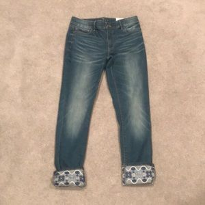 NWT WHBM The Skinny Cropped Jean